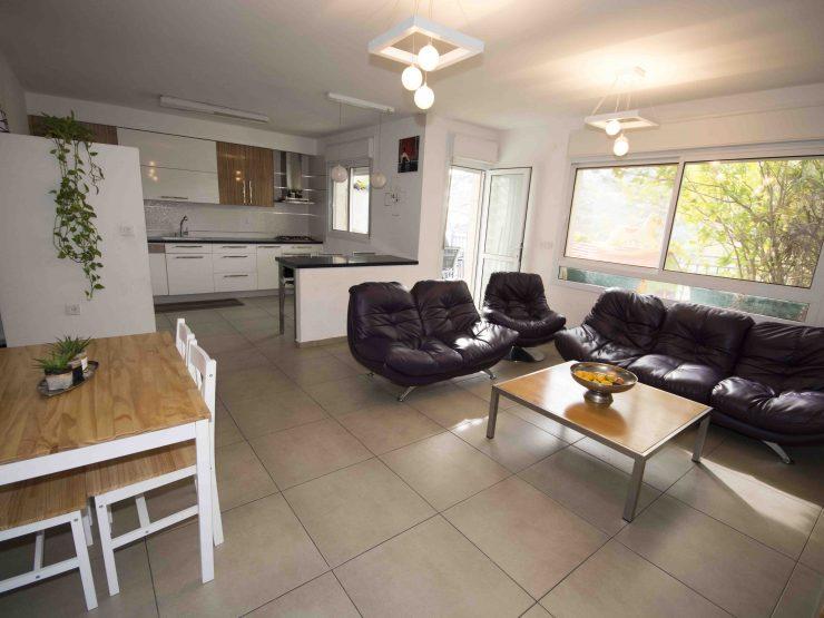 For Sale, 4 Room Duplex Apartment in Moriah, Modiin