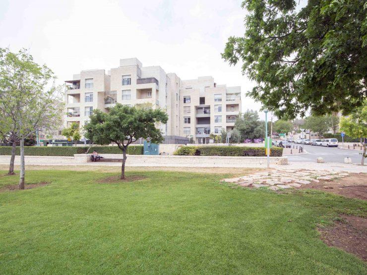 Exclusive 3 Room apartment in Emek Ayalon Street, Modiin